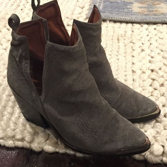 fc8cecdcf Jeffrey Campbell Shoes - Jeffrey Campbell Cromwell Gray Snake Suede Booties